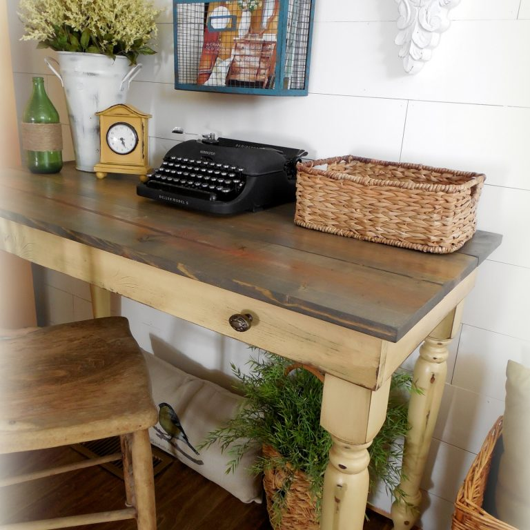 Early American Writing Desk - finish: driftwood top, strawflower base, medium distressing